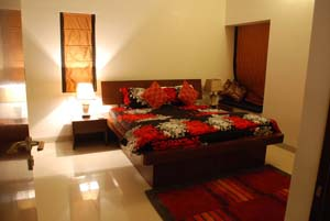 Delhi has emerged as a major power center in the world given its status as the capital of India. The serviced apartments in Delhi offer great luxury and comfort to local and foreign travelers. The ser
