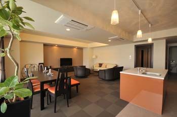 Japan serviced apartments Mimi Locco are high-class and luxuries apartments. They are offering well-furnished furniture, security system, electrical and modern appliances. You can find safe environmen